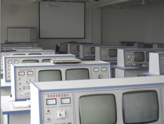 电子电工实训中心实训室