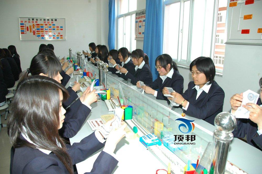 财会模拟实验室设备(两边座、每桌六座)