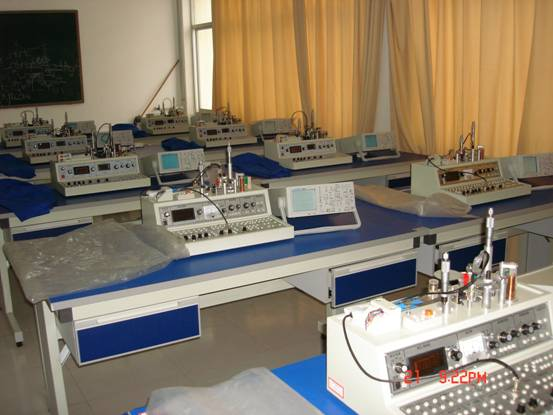 机电工程实验室-宜春学院