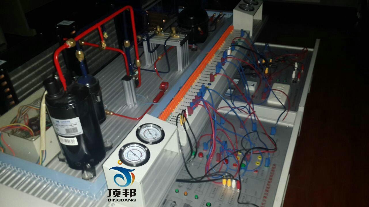 电气控制电路维修能力等是现代制冷制热技能实训的必要工具.