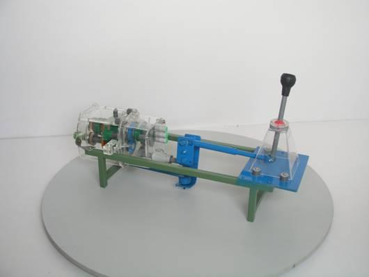 桑塔纳变速器总成模型